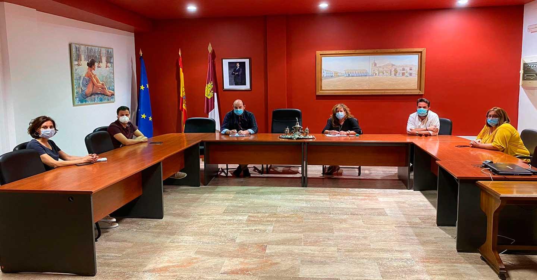 Torralba de Calatrava pone en marcha 16 medidas para reducir el impacto socioeconómico del Covid