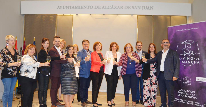 Las rutas del vino de Castilla-La Mancha contarán con espacio propio en las próximas ediciones de FITUR y FENAVIN