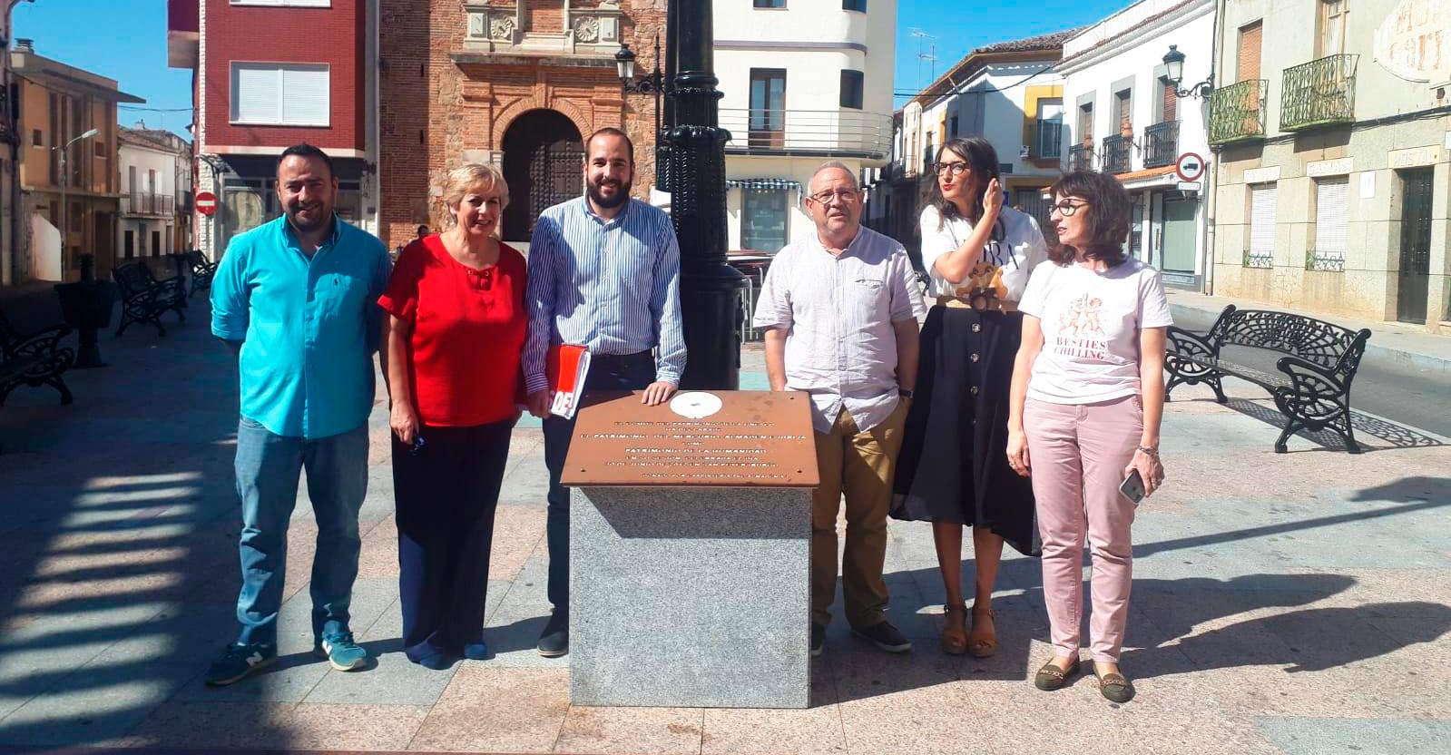 Los candidatos socialistas al Congreso hacen propias las reivindicaciones en transporte de los habitantes de la Comarca de Almadén