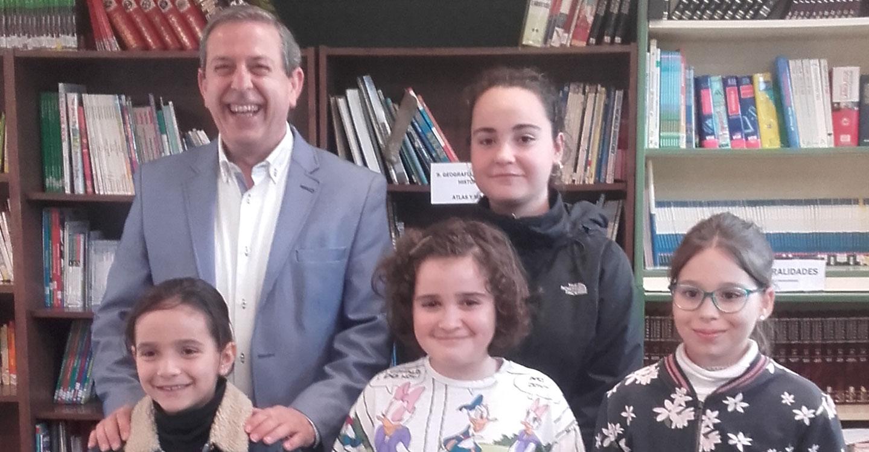 Entregados los premios del VIII Certamen Escolar de Poesía 'Juan Alcaide' de Valdepeñas