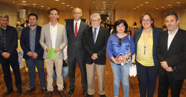 El Gobierno regional recuperará el apoyo a la elaboración y publicación de materiales curriculares que realicen los docentes