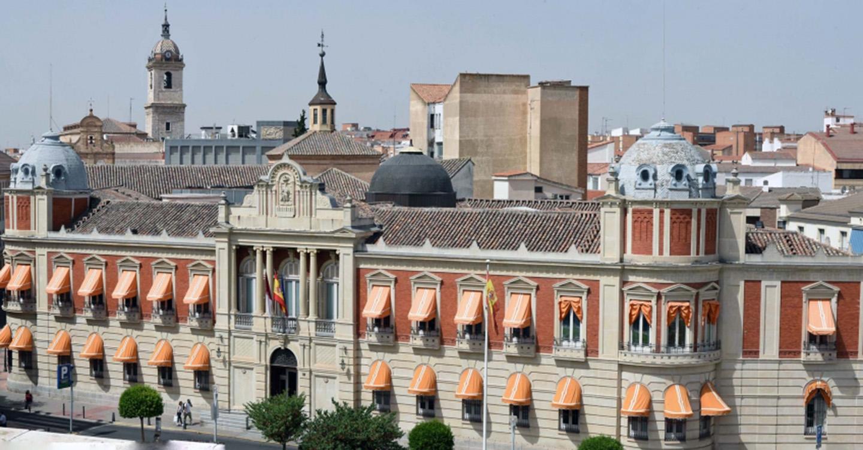 La Diputación convoca un concurso de imagen para conmemorar el 125 aniversario del Palacio Provincial