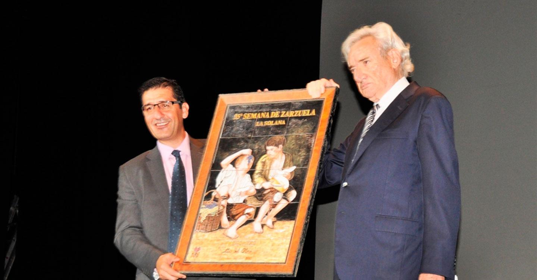 Caballero destaca la proyección de la Semana de la Zarzuela como ejemplo de que la cultura de calidad llega a los pueblos