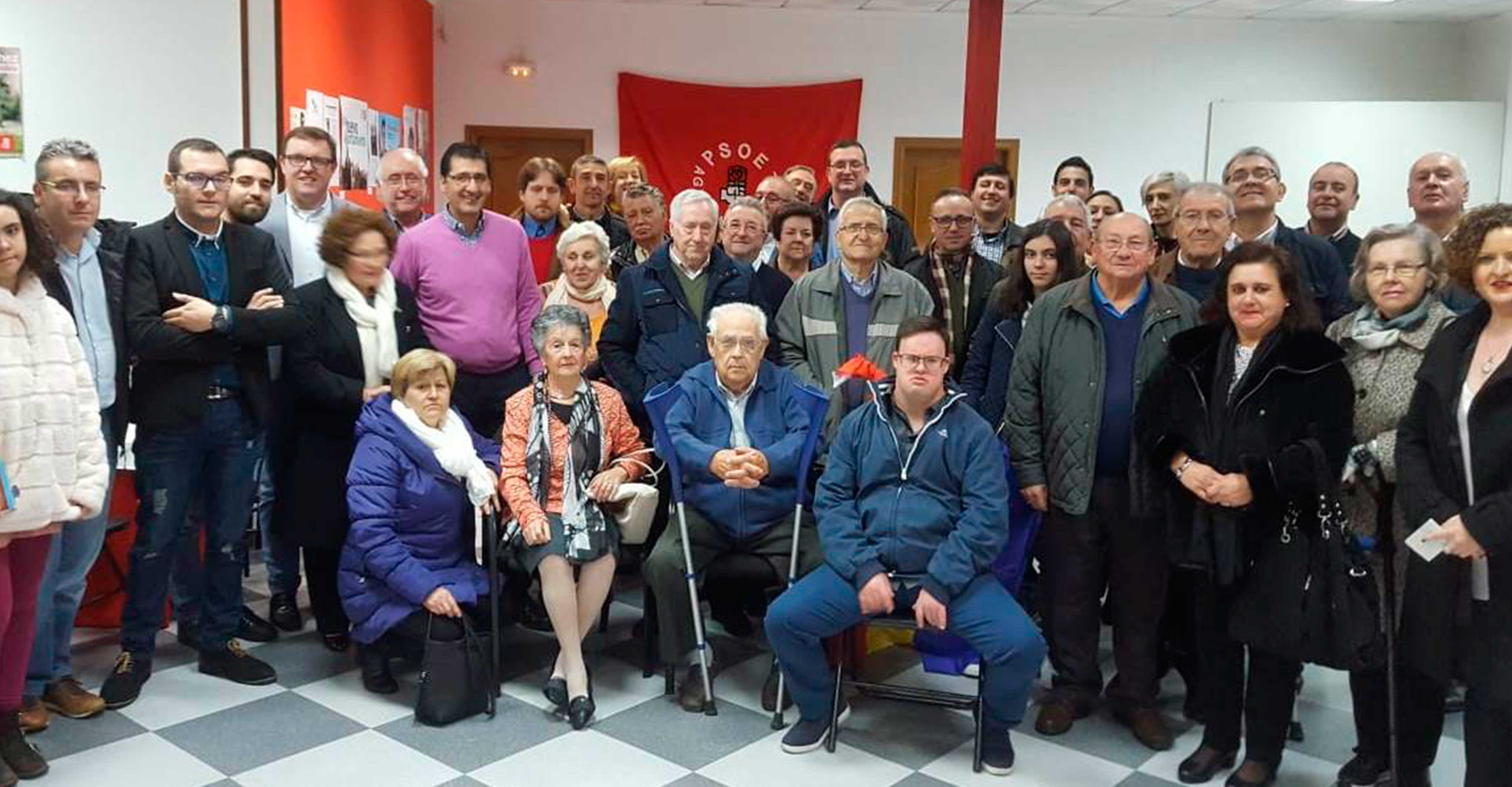 Caballero resalta la gran contribución del PSOE al desarrollo del país en estos 40 años de Constitución