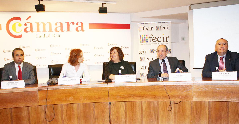El Gobierno de Castilla-La Mancha da luz verde a la convocatoria de ayudas del Programa Adelante Digitalización para la transformación digital de las empresas de la región