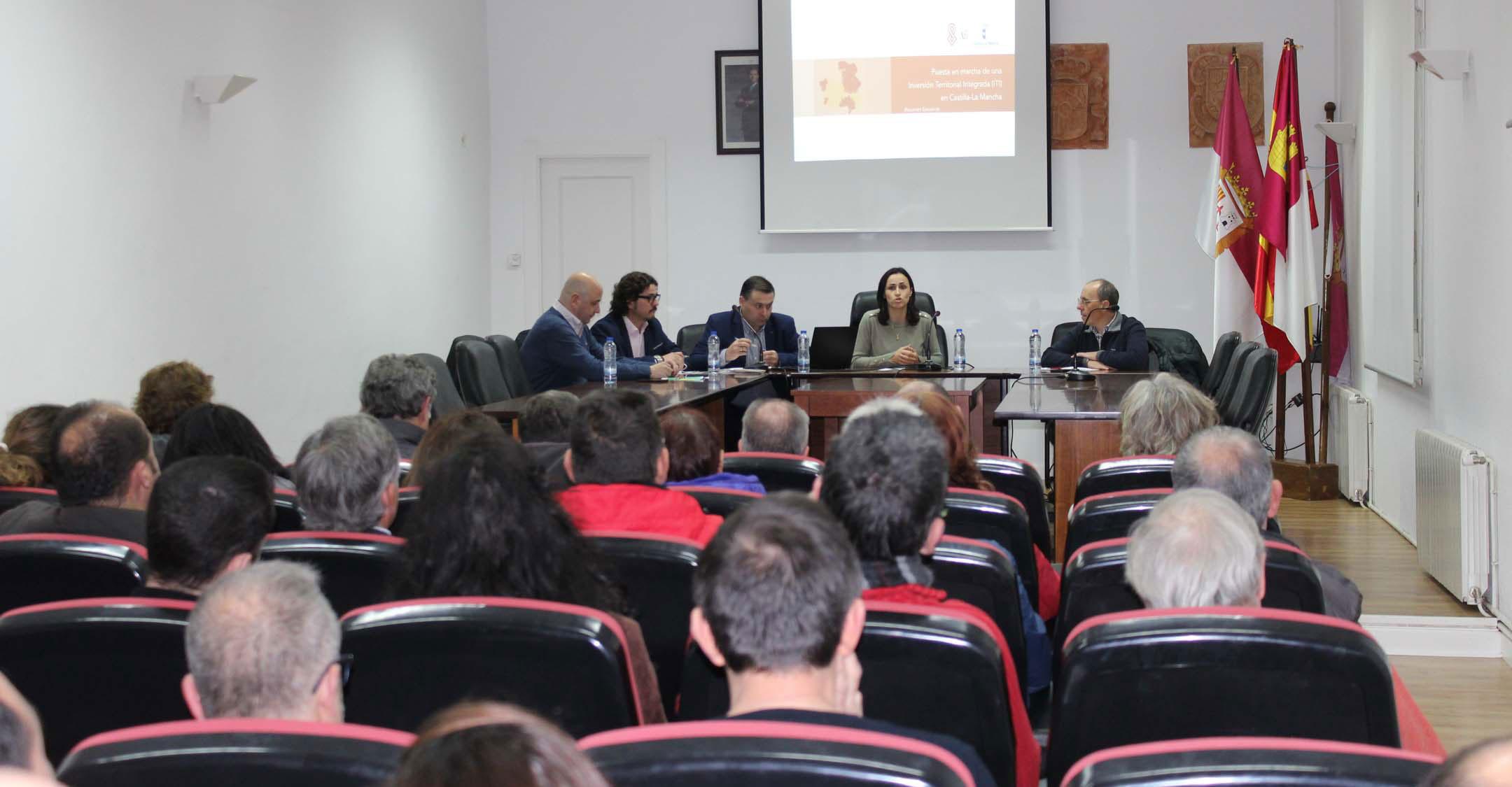 Las empresas de Villanueva de los Infantes se informan sobre Inversiones Territoriales Integradas en una Jornada Informativa organizada por Turinfa