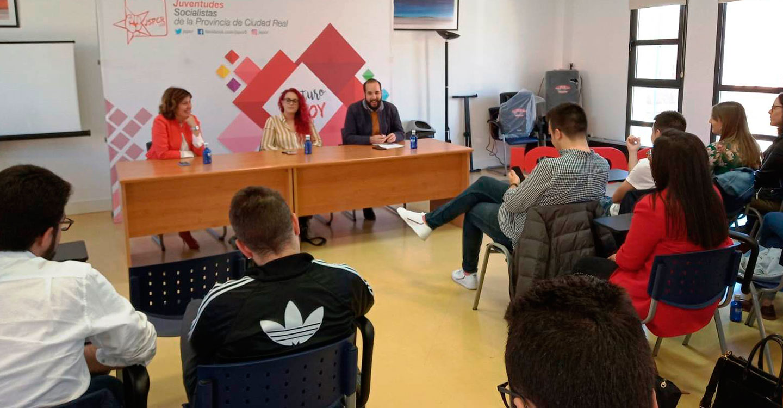 """Las Juventudes Socialistas de Ciudad Real se dan cita en Manzanares """"para trabajar la formación orgánica y crear músculo de cara a las elecciones"""""""