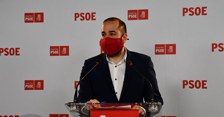 González recuerda la defensa de los socialistas por la opción sur de la A-43 frente al oportunismo y la impostura del PP