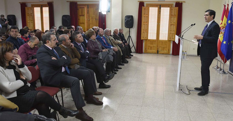 Caballero destaca en la inauguración de la ampliación del consultorio de Valenzuela que ahora a las Administraciones les importa la gente