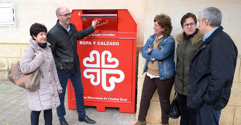 Jiménez y Serrano se reúnen con la nueva presidenta de Cáritas de Argamasilla de Alba