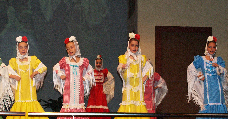 """De """"La Revoltosa"""" en wasap a la fidelidad a la tradición, cientos de escolares actualizan y mantienen el """"género chico"""" en la Semana de la Zarzuela, hoy y mañana, en La Solana"""