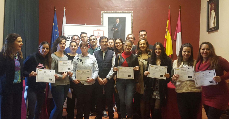 Jacinta Monroy clausura en Almagro un curso formativo del programa 'Emplea'