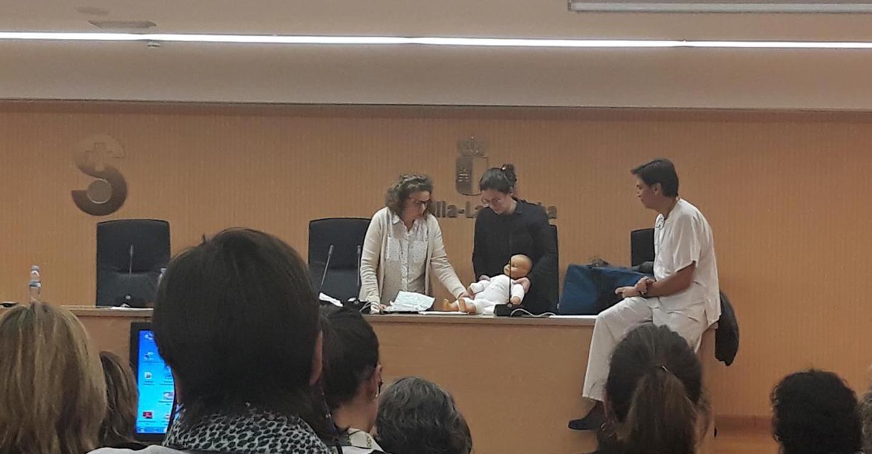 Más de 60 facultativos y enfermeros de la Gerencia de Valdepeñas amplían su formación sobre la asistencia inicial al quemado pediátrico