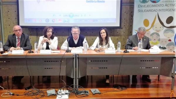 Monroy invita a las asociaciones de pensionistas a participar de los 'Paseos Reales' y convocatorias de la Diputación