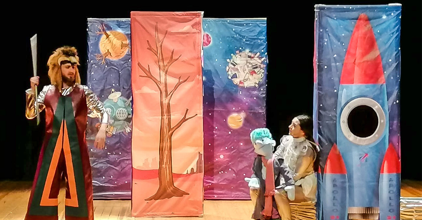 El Teatro Municipal volvió a albergar teatro en inglés para alumnado de Infantil, Primaria y Secundaria