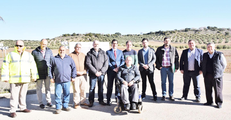 Caballero asegura que la Diputación habrá invertido este año cerca de 3 millones de euros en carreteras del Campo de Montiel