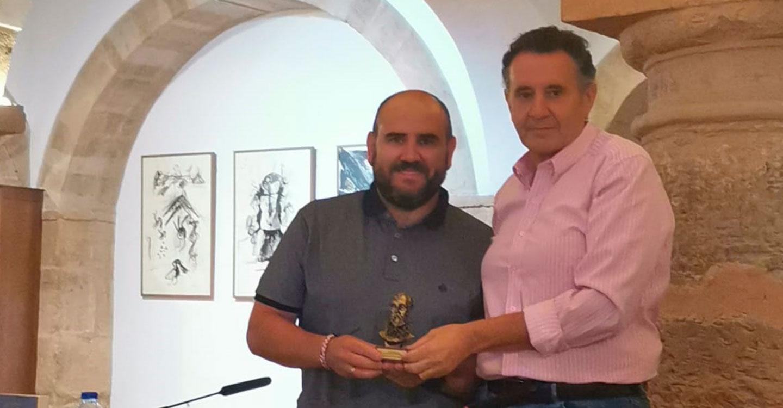 Francisco Endrino presenta su libro 'Aspas Rojas en la bruma'