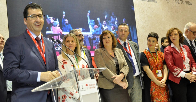 Caballero destaca que Diputación, ayuntamientos y Junta compartan objetivos y promocionen juntos la provincia en FITUR