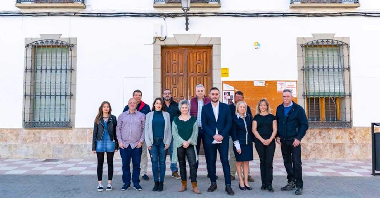 El PSOE de Fernán Caballero aprueba por aclamación la candidatura encabezada por María Dolores Ortega