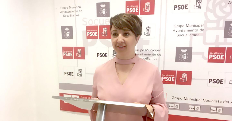Elena García Zalve:  PP y UPyD han mirado hacia otro lado ante los verdaderos problemas de los vecinos en estos dos años y medio de gobierno
