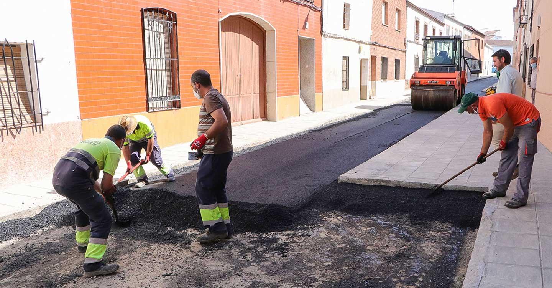 El Ayuntamiento completa la remodelación integral de la calle San Miguel