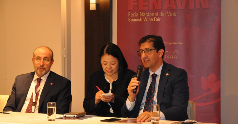 FENAVIN suscita un enorme interés entre importadores y prescriptores de vino japoneses