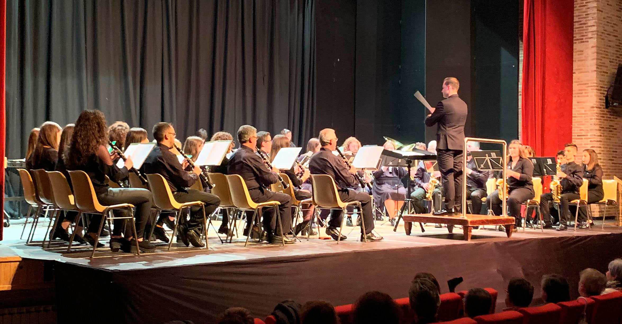 La Agrupación Musical `Santa Cecilia´ de Calzada estrena el pasodoble dedicado a Cruz Caballero
