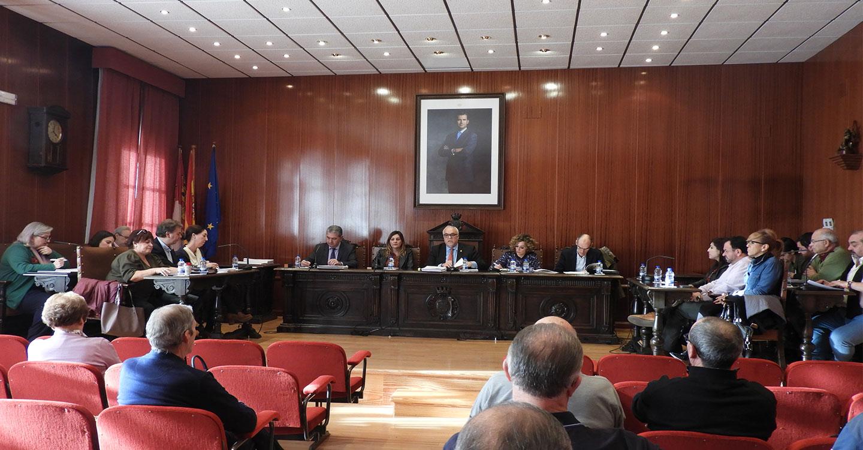 El Ayuntamiento solicitará al Gobierno Regional la cesión de un terreno de casi 26.000 m2 para la construcción de un polideportivo