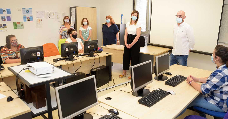 Ocho alumnas-trabajadoras inician la formación en Atención Sociosanitaria a Personas Dependientes en Argamasilla de Alba