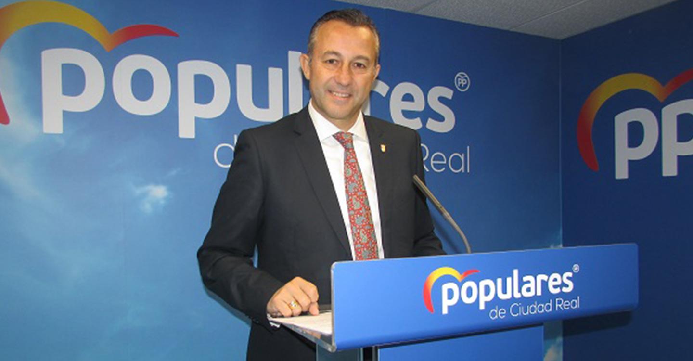 Adrián Fernández pide a Page que  escuche a la sociedad ciudadrealeña  para dar respuesta en los presupuestos  regionales a las necesidades de la provincia castellano-manchega  más castigada  por el coronavirus