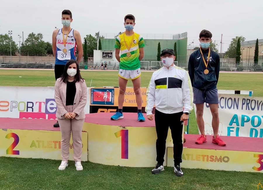 Alrededor de 250 escolares participaron en la final provincial escolar de atletismo