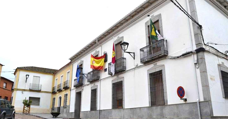 El Ayuntamiento de Piedrabuena reforzará la limpieza en los centros educativos y ayudará a las familias a conciliar