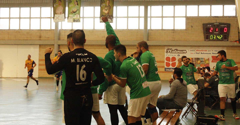 El Club BM Bolaños sigue sin ceder ante el líder