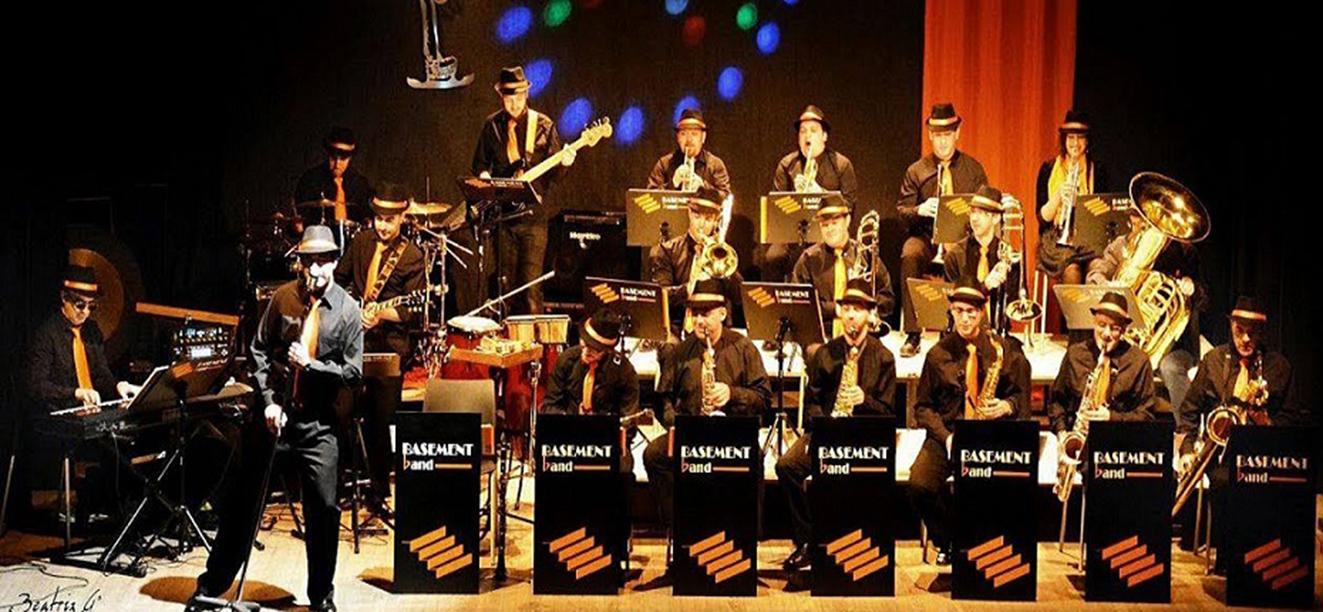 """La Big Band """"Basement Band"""" en la XLII Semana cultural de Corral"""