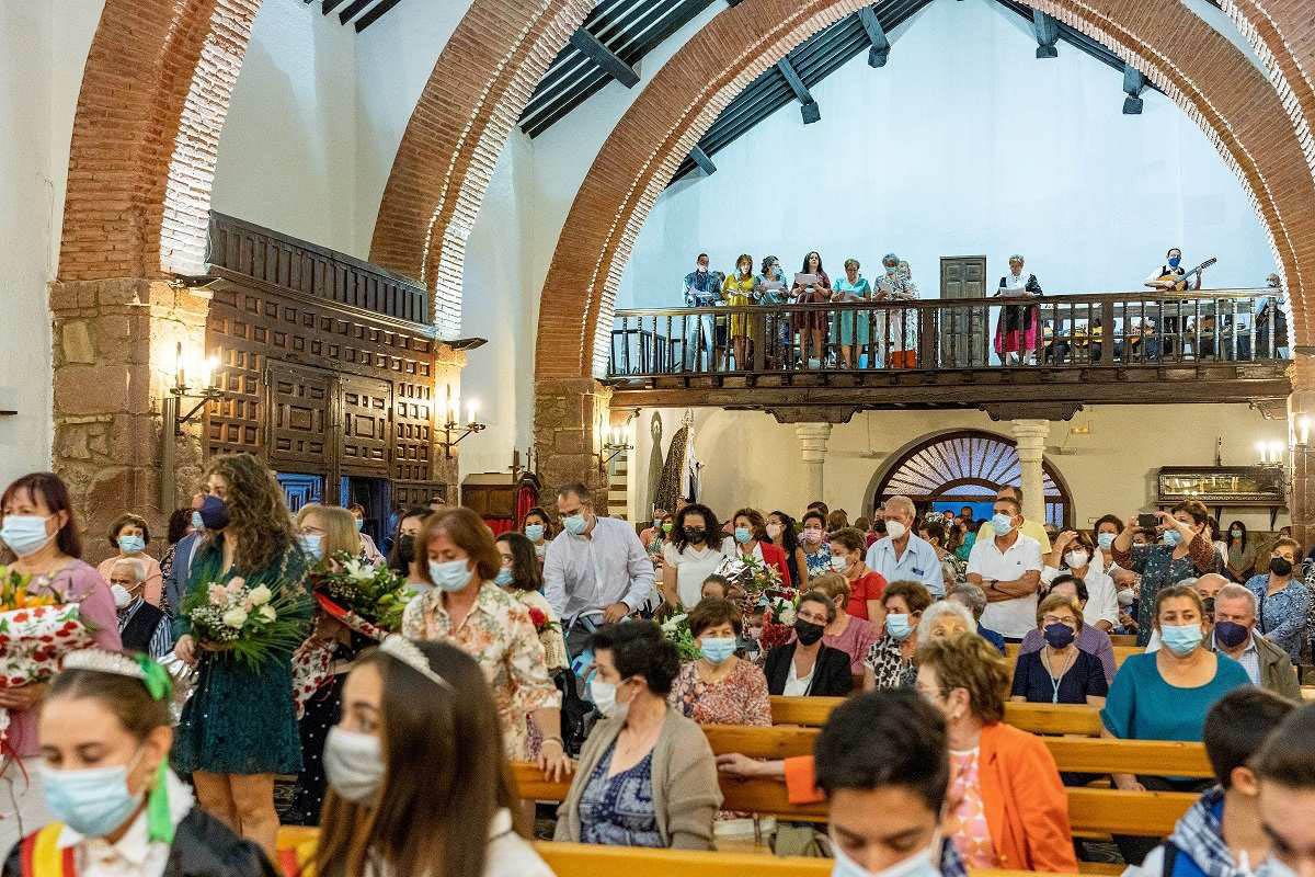 Buena participación y mucha devoción en las fiestas de la Virgen del Rosario de Porzuna