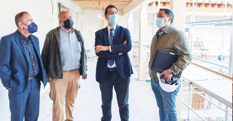 Caballero destaca en la Casa Rueda de Infantes la labor de la Diputación en la recuperación del patrimonio provincial