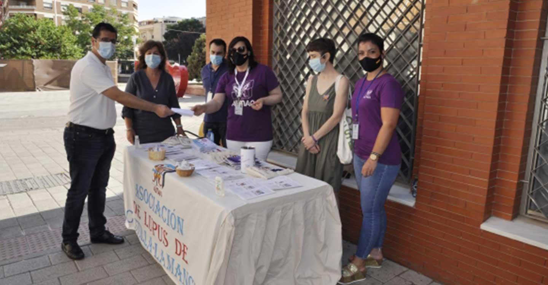 Caballero ayuda a dar visibilidad a la Asociación de Lupus de Castilla-La Mancha en un año atípico