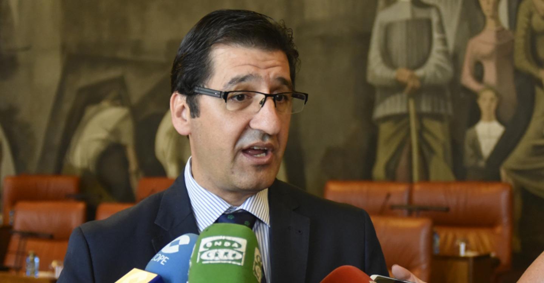 Caballero muestra su satisfacción porque la provincia está muy bien representada en el Gobierno de Castilla-La Mancha