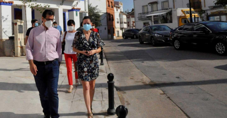 Caballero visita Albaladejo para conocer las mejoras que se están llevando a cabo con inversión de la Diputación