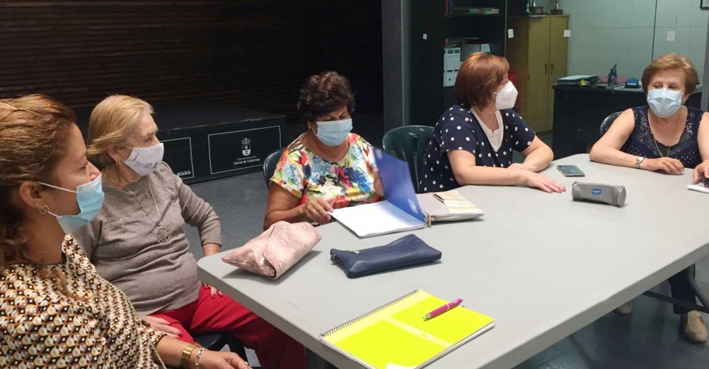 """""""Café con historias""""  una actividad de memoria colectiva de la Asociación de amas de casa de Corral de Calatrava"""