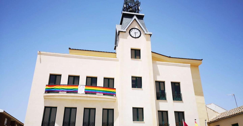 Calzada de Calatrava se suma a las reivindicaciones del Día Internacional del Orgullo LGTBI+