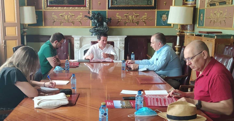 """La Cámara de Comercio y la Federación de Empresarios de Ciudad Real conocen el """"Proyecto Geoparque Volcanes de Calatrava. Ciudad Real"""" promovido por la Diputación Provincial"""