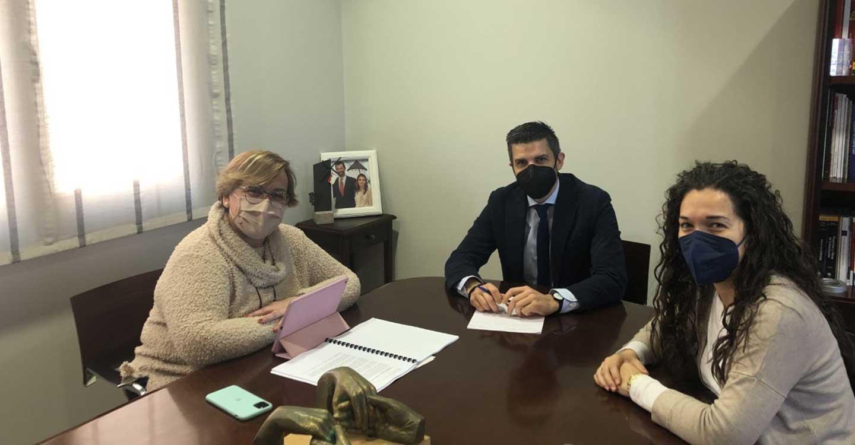Educación, abastecimiento de agua y turismo centran el encuentro mantenido entre el Gobierno regional y el Ayuntamiento de Campo de Criptana