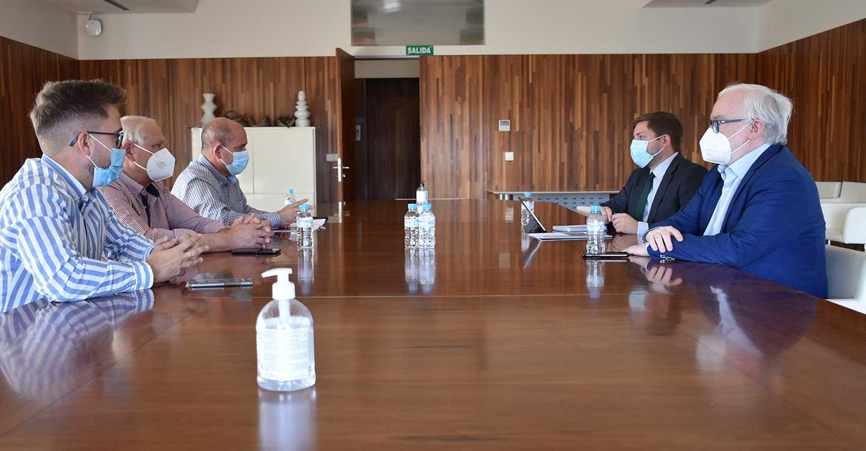 El Gobierno de Castilla-La Mancha mejorará la comunicación entre Villarrubia de los Ojos y Puerto Lápice a través de la rehabilitación de la CM-4120