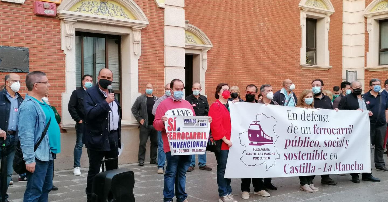 Concentración en Alcázar de San Juan de la Plataforma de Castilla-La Mancha por el Tren