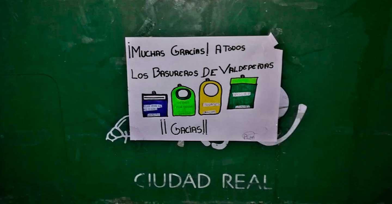 El Consorcio RSU de Ciudad Real agradece las muestras de cariño que están apareciendo en los contenedores de recogida