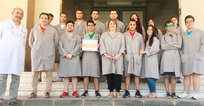Cruz Roja en Valdepeñas inicia un curso de formación en control de almacén y logística en colaboración con Tecnobit (grupo OESIA)