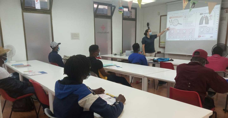 Cruz Roja Española ha realizado talleres de sensibilización para contribuir a mejorar la gestión de la salud individual en colectivos inmigrantes en Ciudad Real