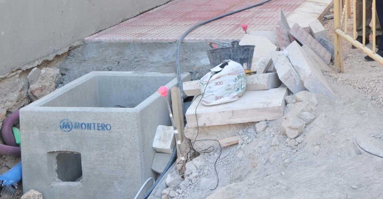 La Diputación de Ciudad Real concede 50.000 euros a Almodóvar del Campo para la renovación de su red de agua potable y la adquisición de un escenario