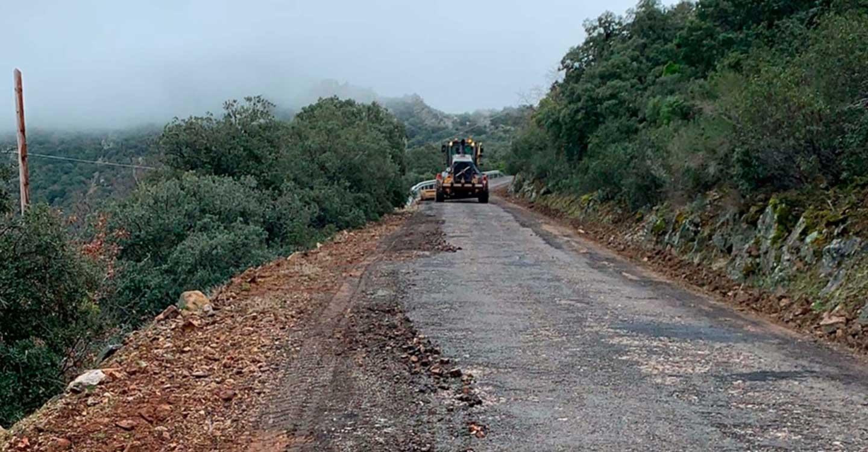 La Diputación de Ciudad Real comienza las obras del acondicionamiento de la carretera CR-5001 que lleva a Solana del Pino
